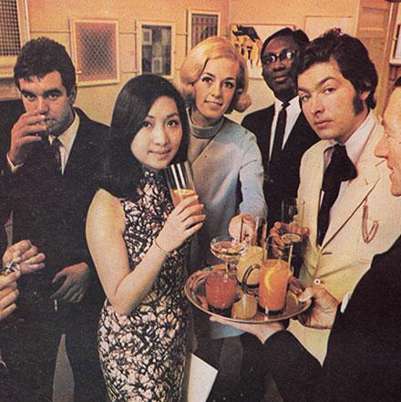 Advert for Smirnoff Vodka 1969 – Shot at Richie Hendriks Gallery, Dublin 2